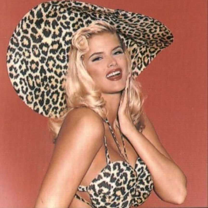 playboy.anna.nicole.smith.leopard
