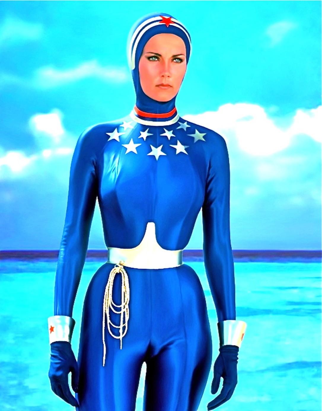 ww.lynda.blue.suit.04