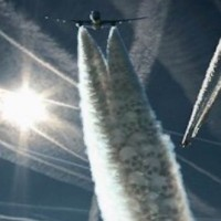CHEMTRAILS, SMARTDUST & MIND CONTROL:  LOOK UP! YOU ARE BEING SPRAYED WITH POISON!