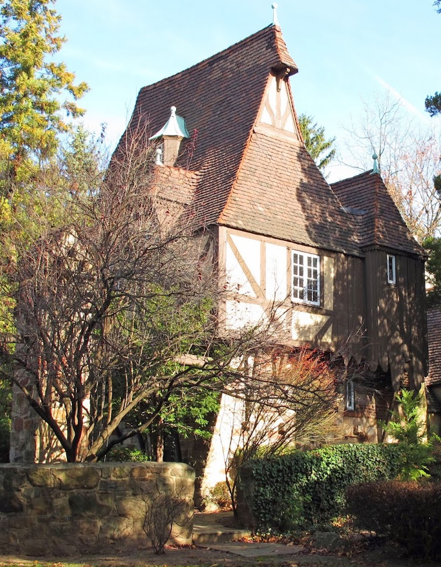 wychwood gatehouse copy