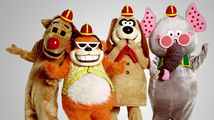Banana Splits Group Photo