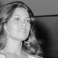RAQUEL WELCH:  HER MANIPULATION BY CIA UNDER MK-ULTRA & PROJECT MONARCH