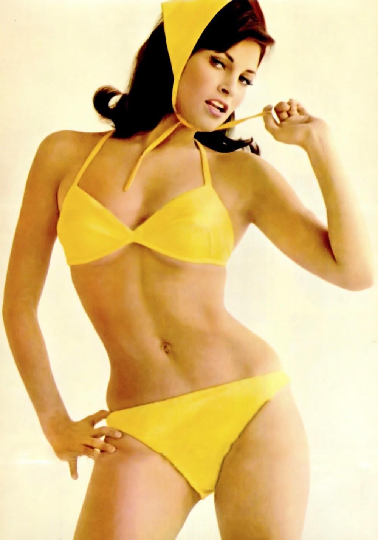 raquel yellow bikini