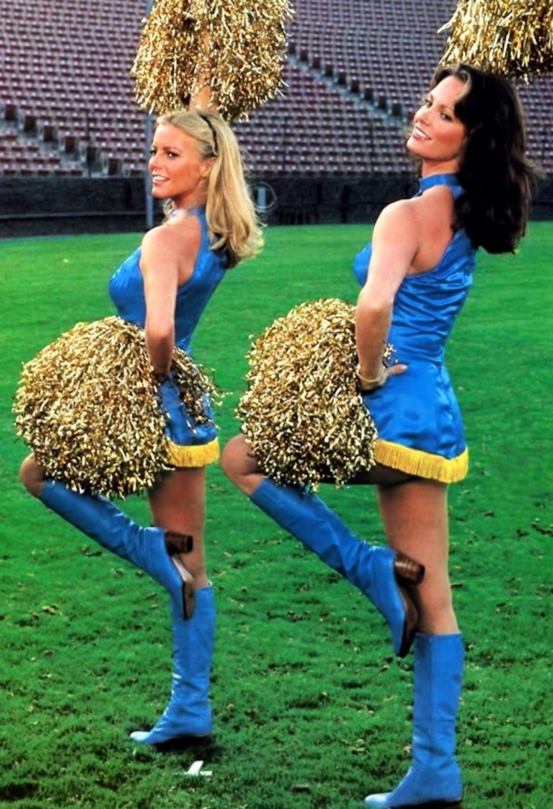 charlie's angels pom pom angels