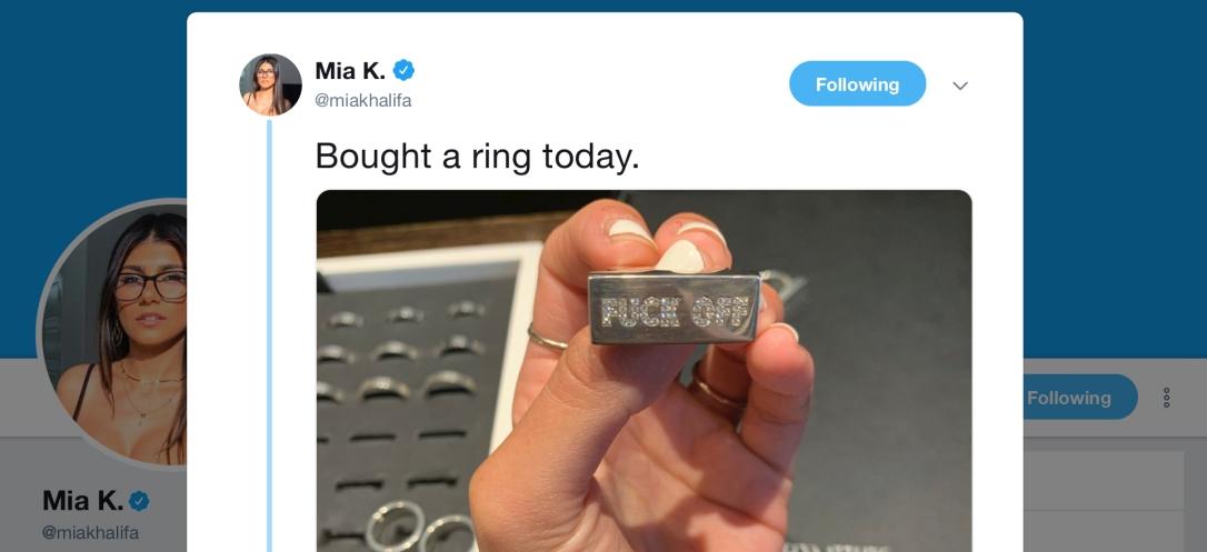 Mia K. - ring